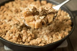 Cinnamon Caramel Apple Crisp