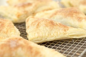 Puff Pastry Cinnamon Apple Turnovers