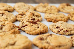 Cinnamon Butter Pecan Cookies